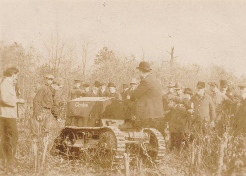 1918 tractor demonstration